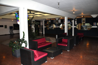 Innsbruck -  Reichenauerstrasse : Lobby and communal seating in hostel