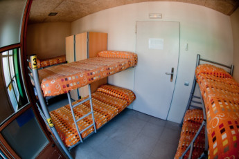 Barcelona - Be Hostels Sound : shared dorm room with bunk beds at Be hostels sound