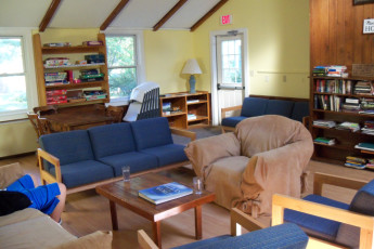 HI - Martha's Vineyard : Lounge at HI Martha's Vineyard