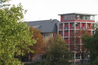 Frankfurt - Haus der Jugend : Outside the Haus der Jugend