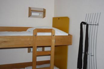 Frankfurt - Haus der Jugend : Haus der Jugend private dorm room with bunk beds