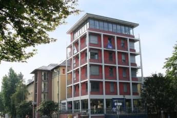 Frankfurt - Haus der Jugend : Outside Haus der Jugend
