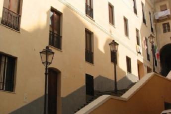 Cagliari - Hostel Marina : Hostel Marina front entrance