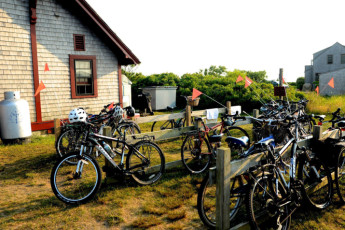 HI - Nantucket : Bicycles at HI Nantucket
