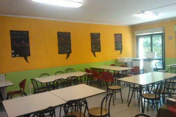 Bologna - Due Torri-San Sisto : Two Towers San Sisto hostel canteen