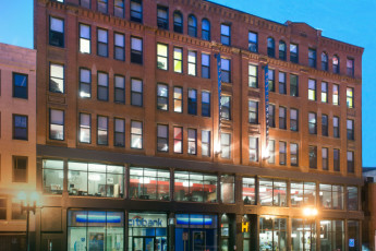 HI - Boston : Exterior of HI Boston Hostel
