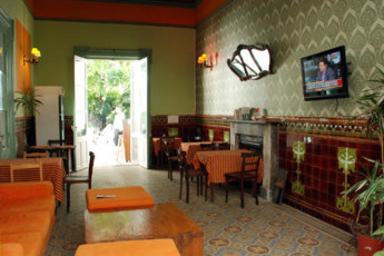 El Viajero Hostel & Suites Downtown : El Viajero Hostel and Suites Downtown dining room