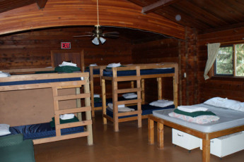 HI - Athabasca Falls Wilderness Hostel : HI - Athabasca Falls Wilderness Hostel dorm room