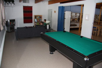 Lappeenranta - Finnhostel Lappeenranta : Finnhostel Lappeenranta Hostel pool table and lounge