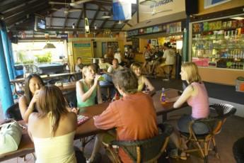 Broome - Kimberley Klub YHA : Broome Kimberley Klub YHA bar