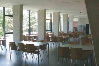 Vienna - Brigittenau : dining room Brigittenau