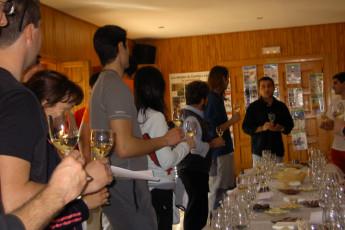 Espinosa - Espinosa de los Monteros : Espinosa de los Monteros group drinking toasting
