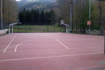 La Molina - Mare de Deu de les Neus : The Molina Mare de Deu de les Neus tennis court view