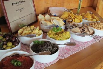 Grövelsjön Mountain Station : Dalarna - Grovelsjon Mountain Lodge Hostel in Sweden traditional food