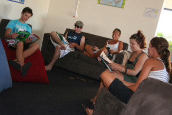 Surfers Paradise YHA at Main Beach YHA : Surfers Paradise YHA at Main Beach YHA lounge