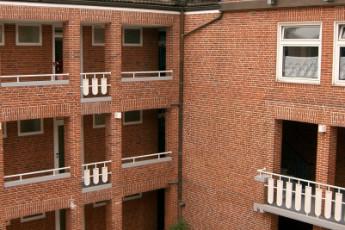 Kiel : Kiel Hostel court yard