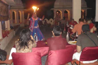 Jaipur - Hotel Sarang Palace : Entertainment in Jaipur - Hotel Sarang Palace Hostel
