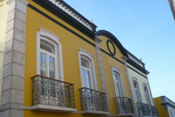 Tavira : Outside of building at Tavira hostel in Portugal