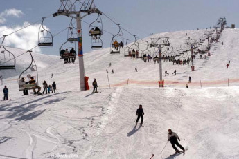 Kfardebian  - Beity Youth Hostel : People skiing near toward Kfardebian - Beity Youth Hostel in Lebanon