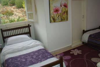 Kfardebian  - Beity Youth Hostel : habitación Twin en hacia Kfardebian - Beity albergue juvenil en el Líbano