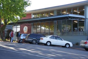 YHA Rotorua : frente Vista exterior de hostal YHA Rotorua, Nueva Zelanda