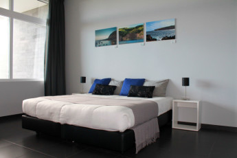 Azores - S.Miguel Is. - Lagoa : Double room at the Azores Hostel in Lagoa - Sao Miguel Island in Portugal