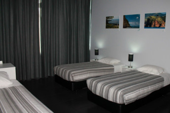 Azores - S.Miguel Is. - Lagoa : Triple room at the Azores Hostel in Lagoa - Sao Miguel Island in Portugal
