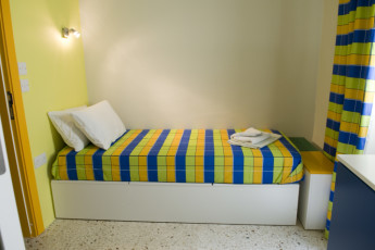 Msida - NSTS Campus Residence : Single room in the Msida - NSTS Campus Residence hostel in Malta