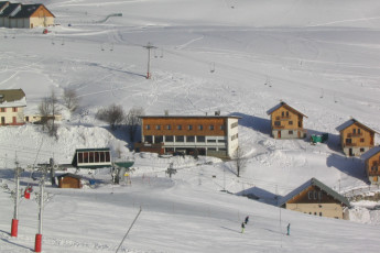 La Toussuire : View of ski slope near La Toussuire hostel in France