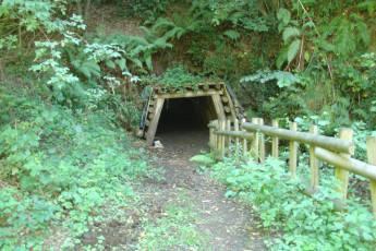 Bustiello : Bustiello Mining Town cave