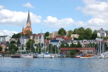 Flensburg : harbor near Flensburg Hostel