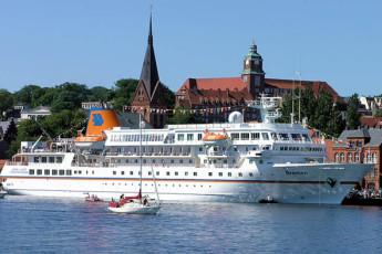 Flensburg : MS Bremen crucero en Flensburg