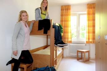 Aalen : Aalen Hostel Dorm Room