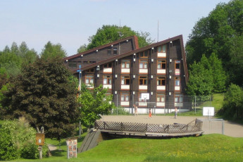Sonnenbühl - Erpfingen : Sonnenbuhl - Erpfingen Hostel building and basketball court