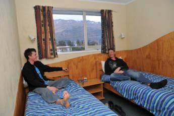 YHA Wanaka : Twin Room in Wanaka YHA - Purple Cow Hostel, New Zealand