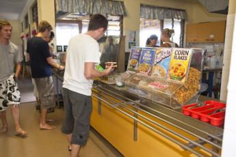 Gold Coast - Coolangatta/Kirra Beach : Breakfast restaurant at the Gold Coast - Coolangatta/Kirra Beach hostel in Australia