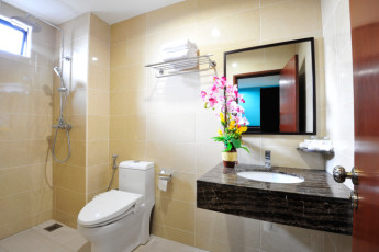 Melaka - Hallmark Hotel Inn Leisure : Bathroom in Melaka - Hallmark Hotel Inn