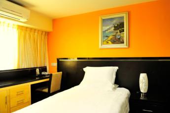 Melaka - Hallmark Hotel Inn Leisure : Deluxe Single Room in Melaka - Hallmark Hotel Inn