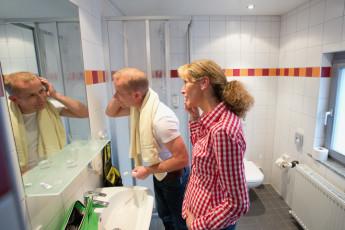 Bochum : Shower Room in Bochum Hostel, Germany