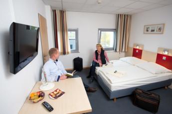 Bochum : Twin Room in Bochum Hostel, Germany