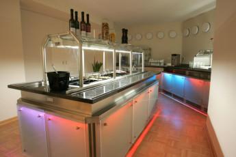 Bochum : Dining Area in Bochum Hostel, Germany