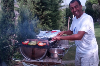 Llançà - Costa Brava : BBQ in the gardens of Llanca - Costa Brava Hostel in Spain
