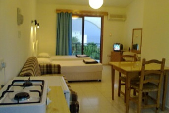 Bare Hill Holiday Village - Kyrenia : Twin Room in Bare Hill Holiday Village - Kyrenia, Cyprus