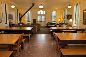 HI - Marin Headlands : Dining room/Lounge in HI - Sausalito - Marin Headlands, USA