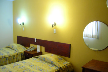 Iquitos - Ambassador : Twin room in the Iquitos - Ambassador hostel in Peru