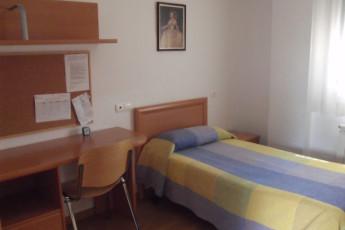 Fernán González : Miranda de Ebro private room