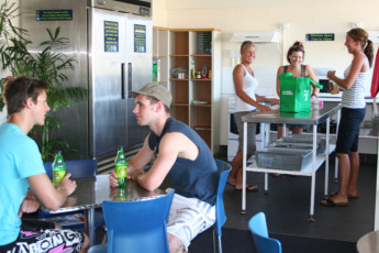 Surfers Paradise YHA at Main Beach YHA : Gold Coast Main Beach