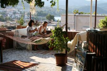 Kaş - Ani Motel : Kas Ani Motel terrace hammock