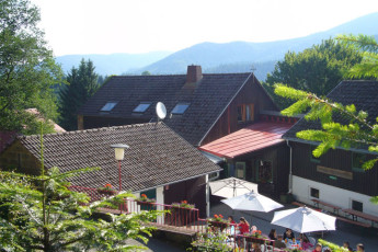 Forbach : Forbach hostel building and terrace