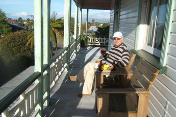 YHA Westport : Balcony at YHA Westport, Tripinn, New Zealand
